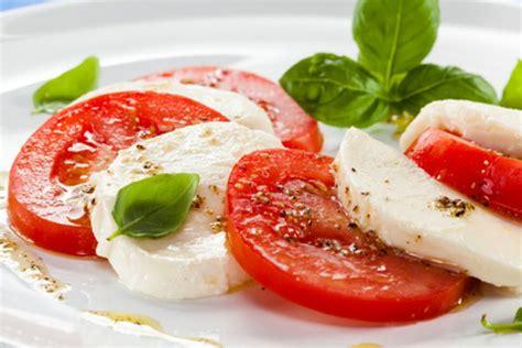 Tomate Mozzarella Schön Anrichten by Tomaten Mozzarella Salat Rezept Kochrezepte At