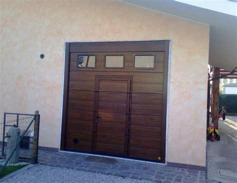 portone garage sezionale portoni industriali e per garage sezionali in acciaio