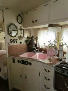 Decorating Ideas Vintage Travel Trailer 1000 Ideas About Retro Travel Trailers On Rv