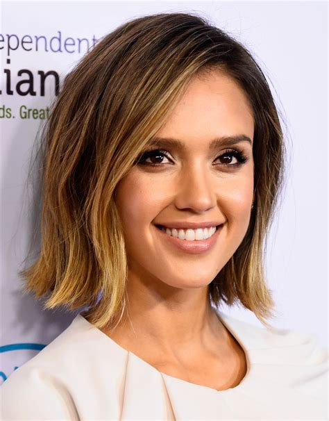 2015 hair styles for 40 year old jessica alba s hairstyles through the years today com