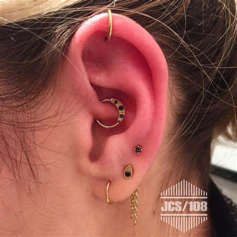 The Everything Ear Piercing Guide Get To Know Every Type And Piercing