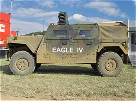 eagle iv 4 vehicule blinde roues transport troupe fiche