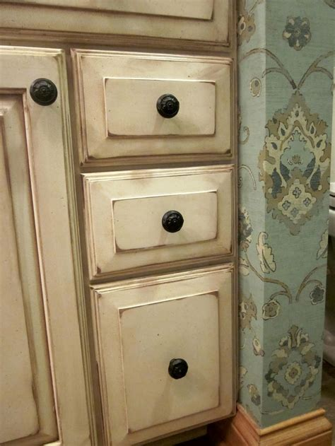 cabinet painting louisville ky 31 best kitchen fixins images on pinterest home ideas