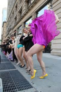 Kicking up our skirts for the 23 skidoo flatiron flashmobesque life