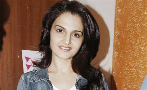 Bollywood Hollywood Celebrity Photos: Monica Bedi and Raja ...