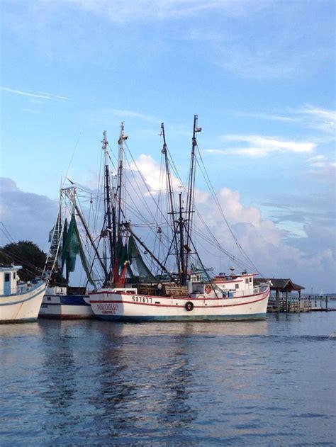 shem creek shrimp boats shrimp boats on shem creek shrimp boats pinterest