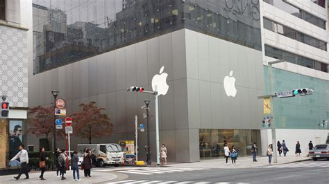 apple store japan the apple store ginza tokyo japan travel guide happy