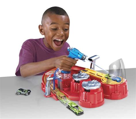 Wheels Color Shifter What 4 2 wheels color shifters color blaster playset toys