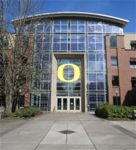 Where Do Mba Stuents Live In Eugene Oregon by Lillis Business Complex Celebrates Its 10 Year Anniversary