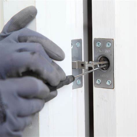 Adjusting A Door Closer by Astra Closes The Deal For Locksmiths Locksmith Journal