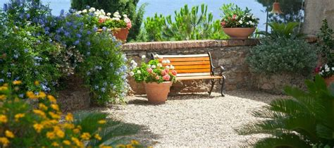 how much does a pea gravel patio cost
