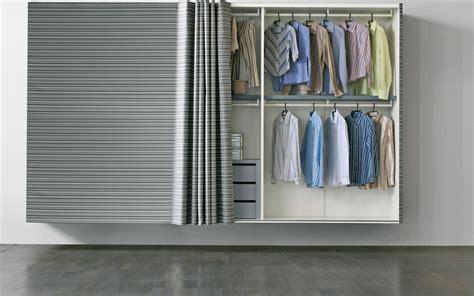 armadi poco profondi armadi lo stile organizza lo spazio cose di casa
