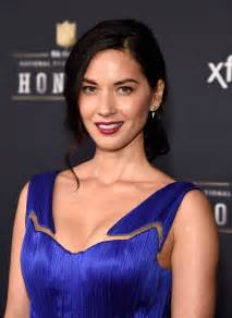 olivia munn blamed aaron rodgers struggles gtbets blog