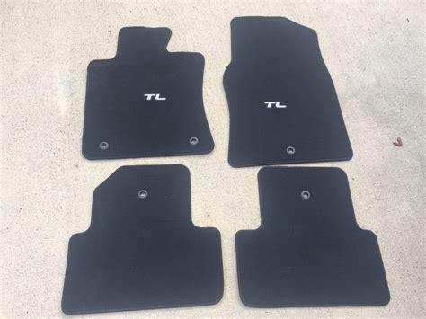 fs 4th tl black oem floor mats in near new condition