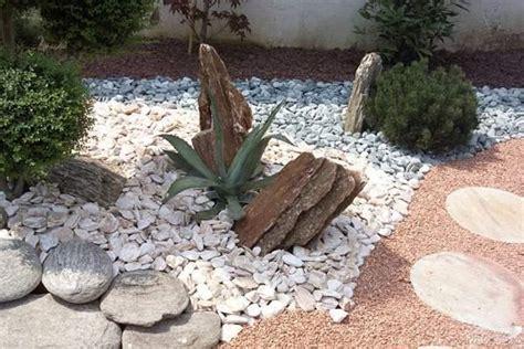 sassi bianchi per giardino ciottoli giardini di primavera da costruire a cuneo