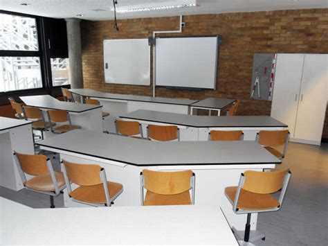 School Desks Uk by The German School Science Labs Interfocus School Furniture