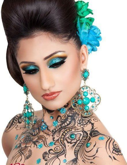 mehndi body art tattoos