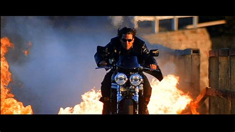 E T Bike Chase Scene by 6 Badass Motorcycle Chase Scenes Geektyrant