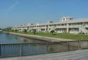3 bedroom apartments in galveston tx island bay resort apartments galveston tx 77551