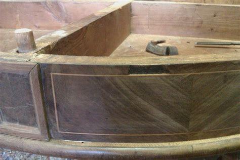 restauro tavolo antico foto restauro di un tavolo antico carlo x di restauri e