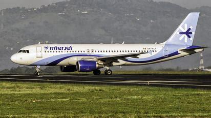 san jose juan santamaría intl airport photos   airplane