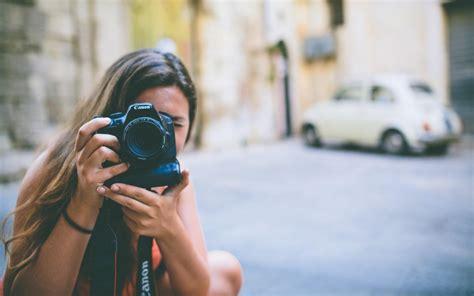 Wallpaper Camera Girl | girl camera city wallpaper travel and world wallpaper