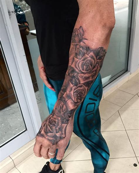 forearm rose tattoos forearm roses joe kintz tattooing
