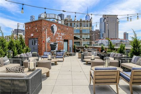 Bar Cupola by Arlo Roof Top Bar Reopens With Food From Harold
