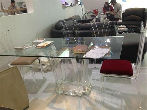 lucite dining room table lucite round dining table images lucite round dining
