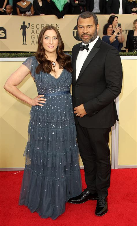 chelsea peretti and maya rudolph dlisted sag awards 2018 arrivals