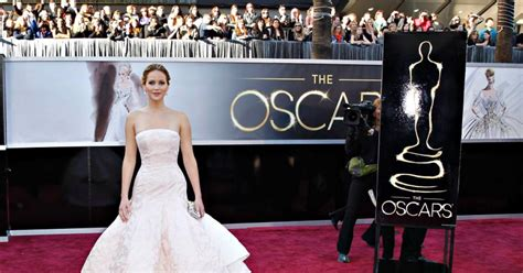 Academy Awards 2013 Pictures Videos Breaking News | academy awards 2013 photos jennifer lawrence red