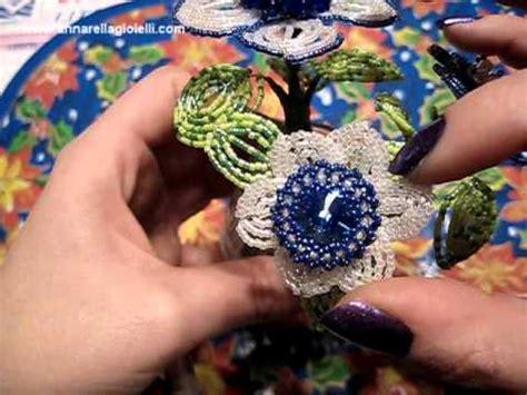 fiori rivoli fiori con le perline e rivoli swarovski beaded flowers