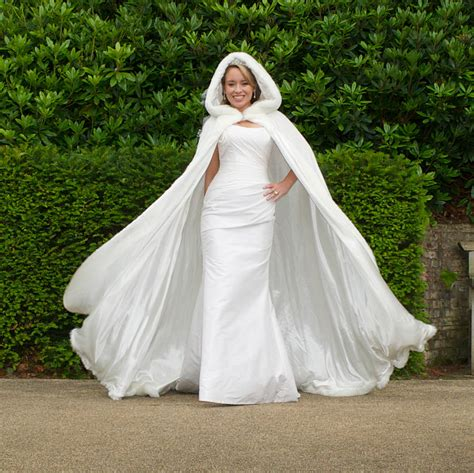 braut cape hooded bridal cape with faux fur hood by wonderful wraps