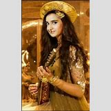 Roshni Walia And Faisal Khan | 236 x 387 jpeg 21kB