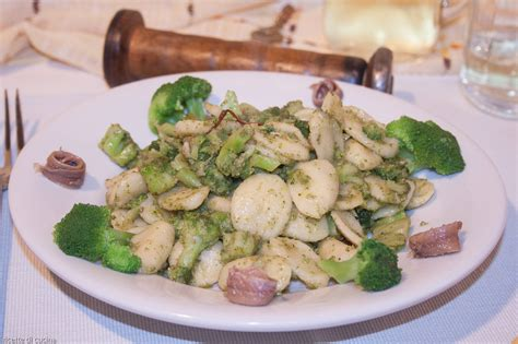 cucinare orecchiette orecchiette con i broccoli ricette di cucina