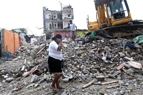 imagenes fuertes terremoto ecuador al menos 13 v 237 ctimas mortales dej 243 el terremoto de manab 237