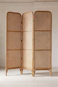 Rattan Room Divider 15 Best Ideas About Rattan On Wicker Rattan Furniture And Rattan Armchair