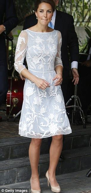 Designer Of The Moment Temperley by Duchess Of Cambridge Recycles Temperley Amoret Lace Dress