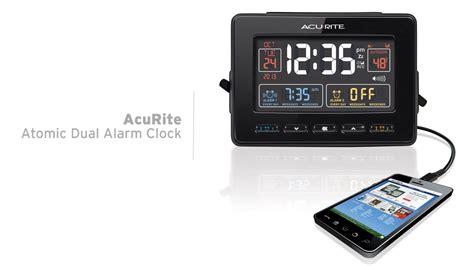 acurite atomic clock with usb charger temperature dual alarm 13022 13024