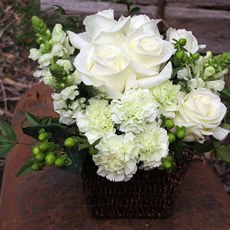 Sympathy Flowers by Condolence Flowers Delivered Flowers For Everyone