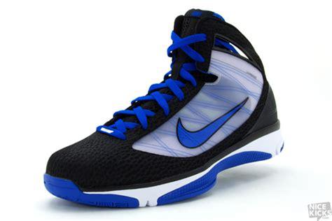 nike basketball shoes 2009 nike hyperize