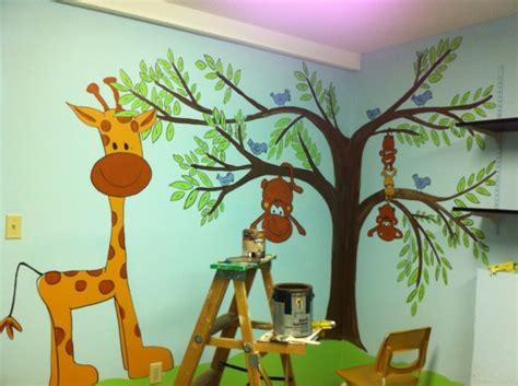 Kinderzimmer Safari Gestalten by Wandmalerei Im Kinderzimmer Magische Welten Entdecken