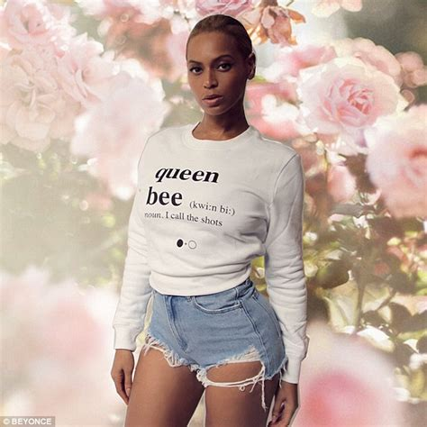 beyonce shares hot pics    queen bee sweat shirts
