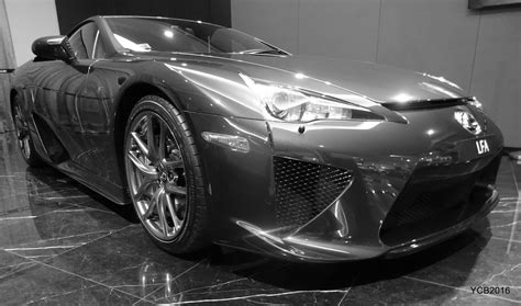 lexus singapore yuto s car blog exceptional lfa display at lexus singapore