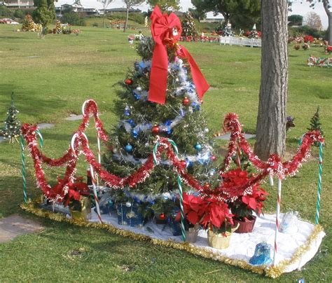 28 best cemetery christmas decorations 25 best ideas