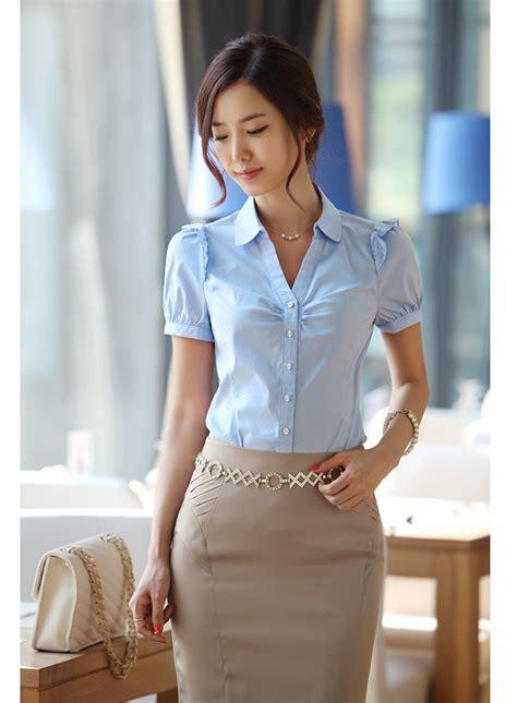 blusas para uniformes elegantes las 25 mejores ideas sobre uniformes de trabajo en