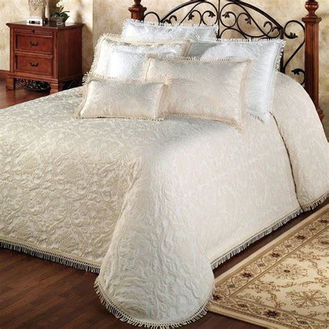 oversized quilts for king beds oversized king quilts patch magic quilts bedding king