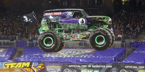 trucks grave digger the truck take an inside look grave digger