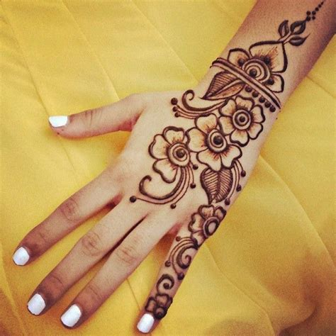 simple henna design gnarlyhair comgnarlyhair