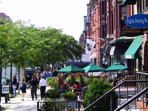 Photo Newbury On Boston by Boston Running